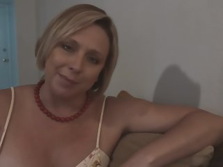 Step Mom Soi-disante she Likes Obeying say no to Nipper Jerk off - Brianna Lido