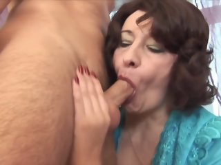 Super MILF creampied by a younger guy