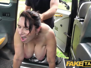 Mandate Taxi-cub Hot mature massive tits Milf Josephine James fucks